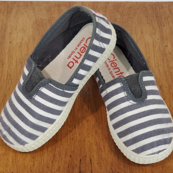 Cienta Canvas Stripe Slip On Shoes Size 24C 8 Tod